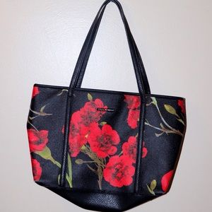 ✨Dana Buchman✨ Rose Black Purse, Gently Used
